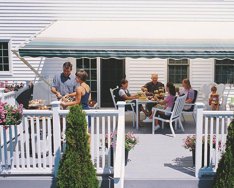 Manual Retractable Awnings XT Models
